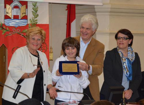 Premiazione Studente Sportivo. Con Marco il Sindaco, il Prefetto e la Presidente Panathlon